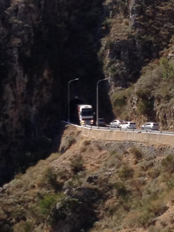 Einbahntunnel am Weg nach Elafonisis, Kreta